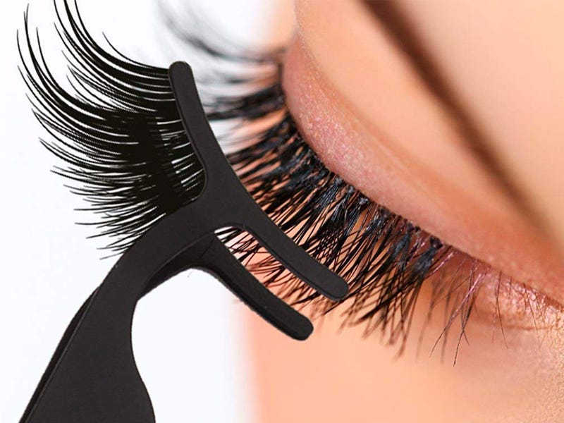 Sports Thick Falsies to make your eyes look small