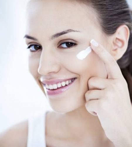 How to Make Oily Skin Fair and Glowing-min